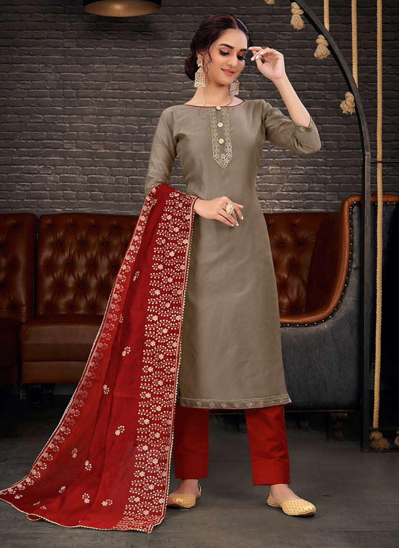 Dial N Fashion Chanderi Party Wear Stunning Churidar Salwar Kameez