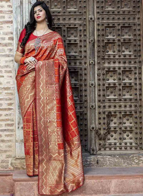 Dial N Fashion Red Designer Classic Wear Banarasi Silk Saree